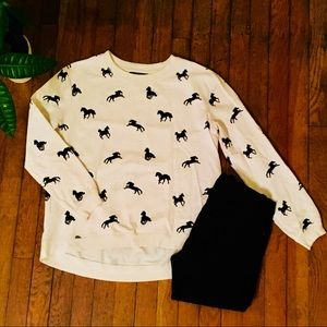 NWOT Forever 21 Horse Sweatshirt | small